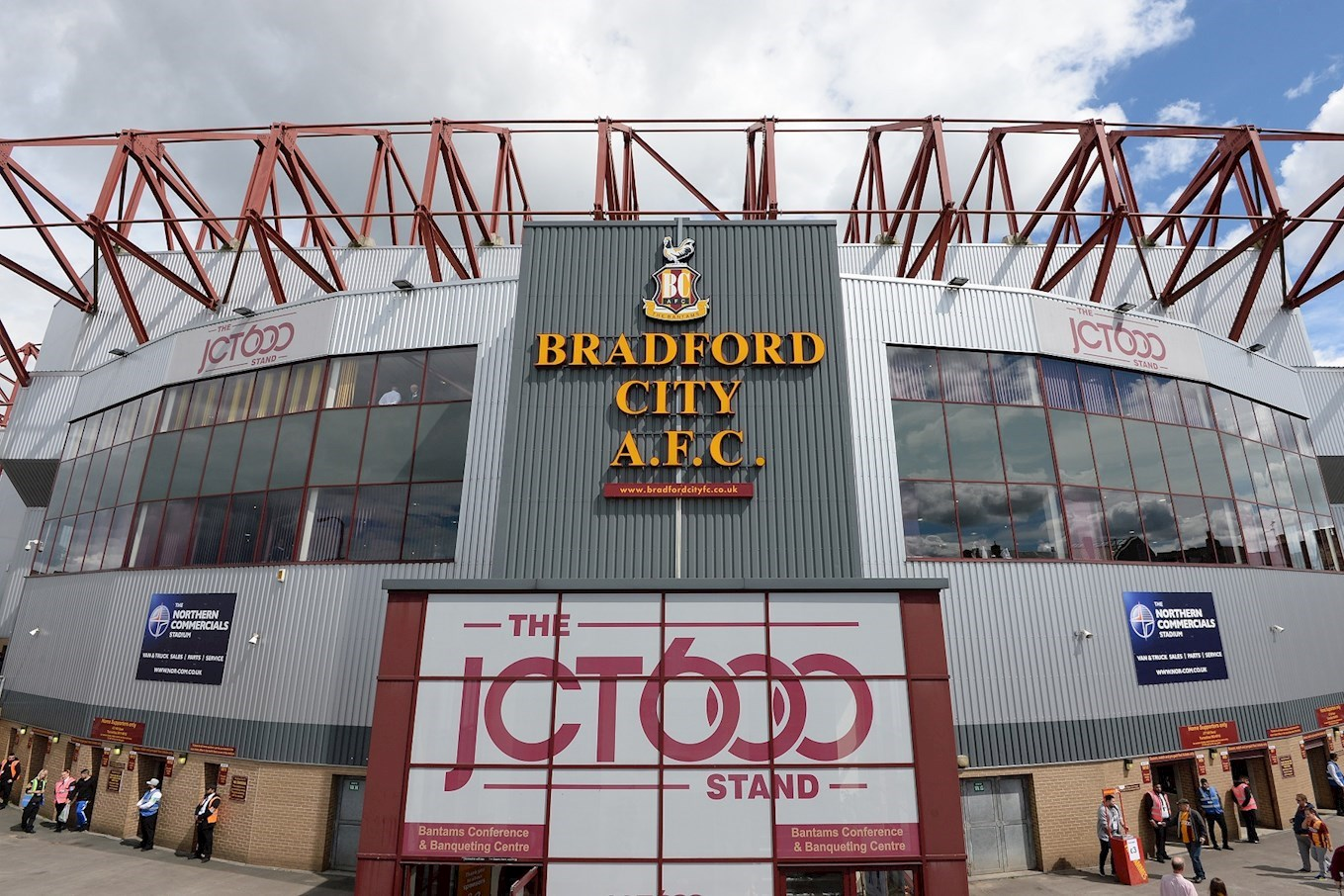 TICKET OFFICE: OPEN HOURS EXTENDED - News - Bradford City